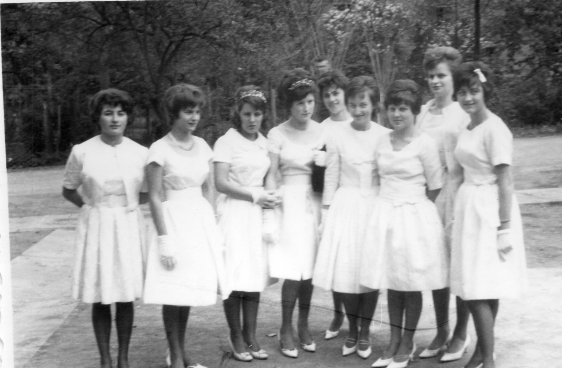 Ehrendamen-1963