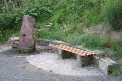 81-Weidenbrunnen
